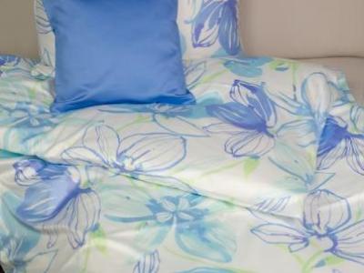 posteljnina iz satena fleuresse