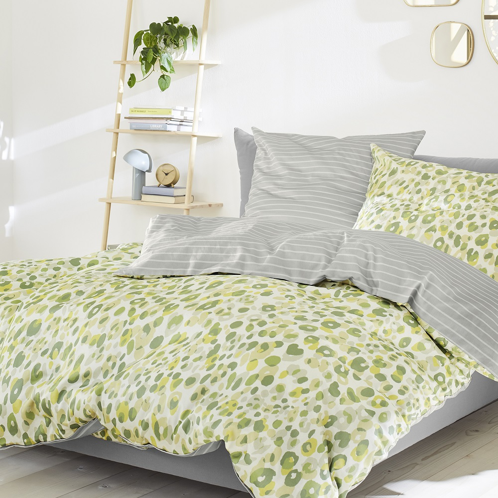 posteljnina s.oliver 5726-785 pike in črte